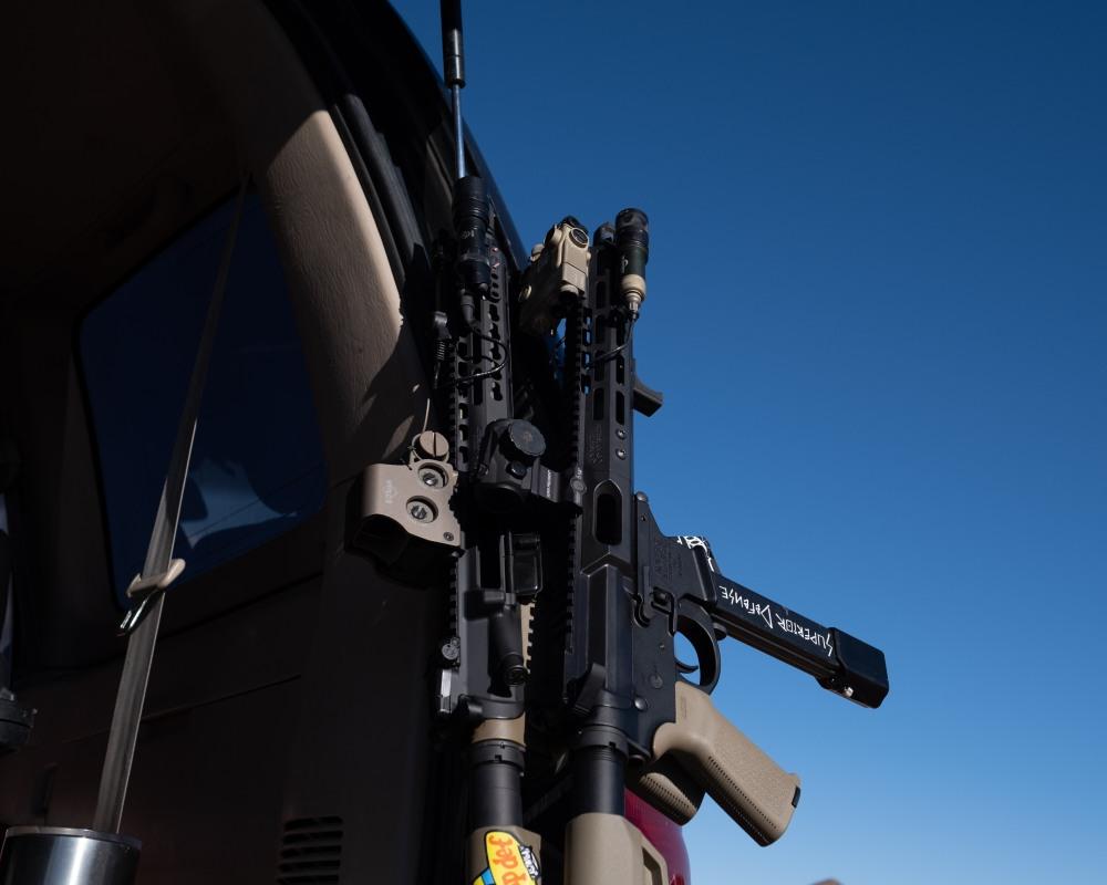 GUNS-4040
